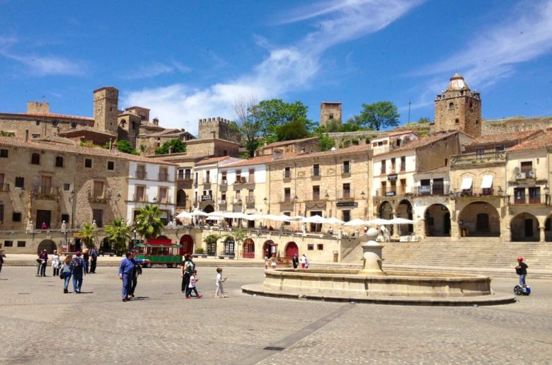 TwoBadTourists Talk: Video From Our Day Trip To Trujillo Spain