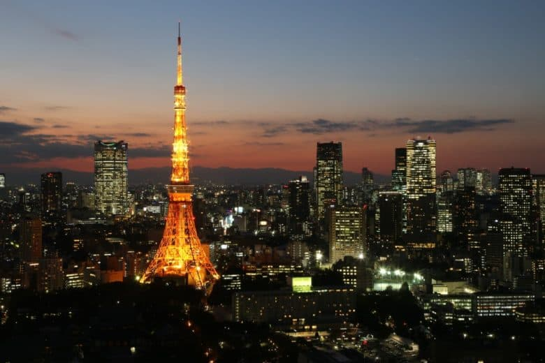 Gay Tokyo – the best gay hotels, bars, clubs & more